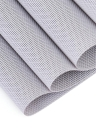 12 * 18 Zoll PVC Hitzebeständiges gewebtes Tischset Fleckresistent Gleitschutz Waschbare Esstisch Matten Tischsets - Set von 4 Rot Weiß