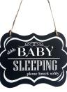 Ornamento colgante de pared de madera pintada decorativa Shhh signo de la puerta de dormir del bebé decoración negro para el estilo de suministro de fiesta en casa 1