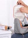 Многофункциональная сумка для путешествий Косметическая сумка для витрин для туалетной бумаги для мужчин и женщин Аксессуары для женщин Модные аксессуары для стикеров Аксессуары для водонепроницаемости с сетчатыми карманами Прочная подвесная сумка для душа с крючком Большая емкость для бритья для ванной комнаты