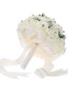 Fournitures de Décoration de Mariage Produit Vendable avec Satin Ivoire Rose Cristal Luxueux pour la Mariée Bouquet avec Babysbreath Artificielle et 30 Diamant Fait à Main Roses Blanc / Violet / Rose Cadeau de Saint-Valentin