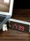 Digital LED Spiegel Uhr 12H / 24H Alarm und Snooze-Funktion