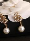 Perle collier pendentif mode en alliage de zinc Dazzling strass cristal Simulé avec 1 paire de boucles d'oreilles Bijoux Charm Set pour cadeau Femmes Filles de soirée de mariage