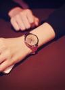Reloj de moda para las mujeres Cuarzo de oro superficie fantasía Estrellas Cristales reloj