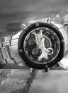 NAVIFORCE Dual-temps numérique Sport Militaire Montre 3ATM résistant à l'eau Durable en acier inoxydable Man Montre Quartz-numérique avec calendrier / alarme / Stop Watch / Fonction Luminous