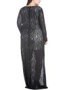Vestido maxi de encaje con cuello en v y detalle de mujer