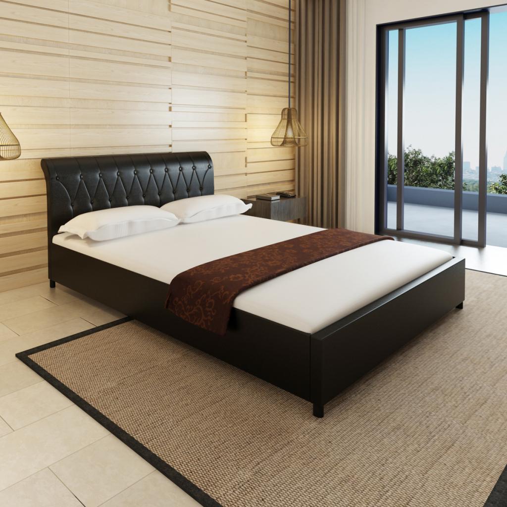 Nur 276.51€, Kunstleder Bett 140 x 200 cm Schwarz gesteppte Matratze ...