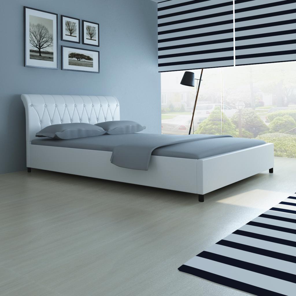 lit capitonn en cuir blanc 140 x 200 cm. Black Bedroom Furniture Sets. Home Design Ideas