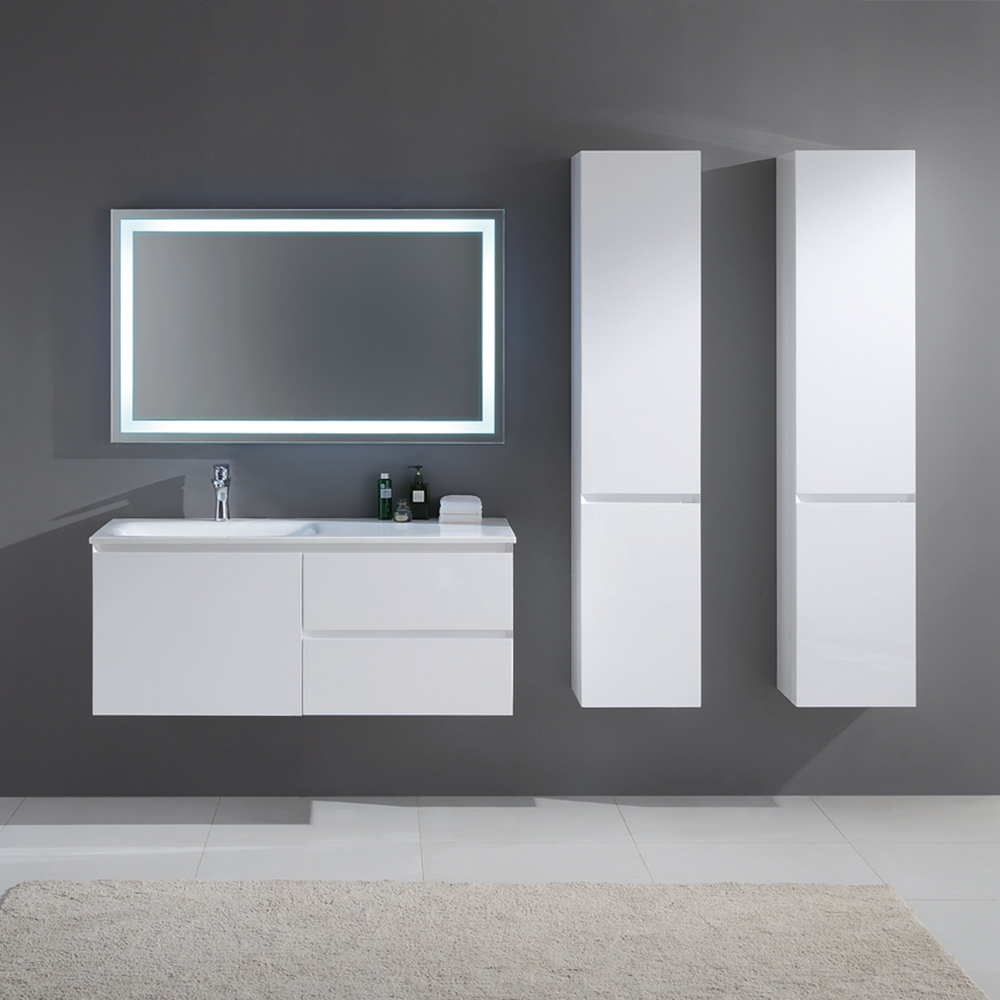 meuble de salle de bain simple vasque en bois massif et mdf coloris blanc laqu brillant. Black Bedroom Furniture Sets. Home Design Ideas