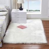 Tapis moelleux en laine de peau de mouton de forme rectangulaire avec une peluche ultra douce