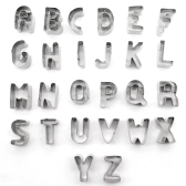 26pcs Cartas de alfabeto de aço inoxidável Cortadores de biscoito DIY Bolachas de bolachas 3D Mini A-Z em forma de ferramenta de decoração de moldes Bakware Cozinha Fondant Ferramentas de Decoração