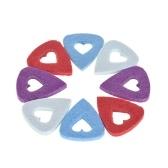 8szt Wybór włókien syntetycznych dla gitar Ukulele Grubość 3,5 mm z wycięciem w kształcie serca (Losowa dostawa koloru)