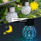 Solarbetriebene wiederaufladbare Hollow-out Sphärische LED Outdoor-Lampe