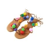 Nueva moda mujer plano Sandalias coloridas Bobble pompón encaje tiras Clip puntera Casual verano playa zapatos negro/marrón