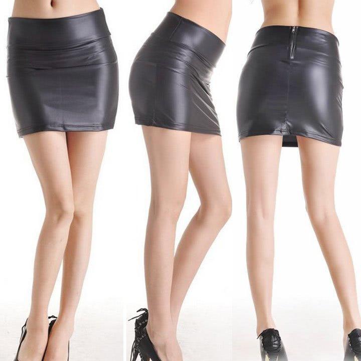 Black Halo Women's High Waisted Pencil Skirt Clothing