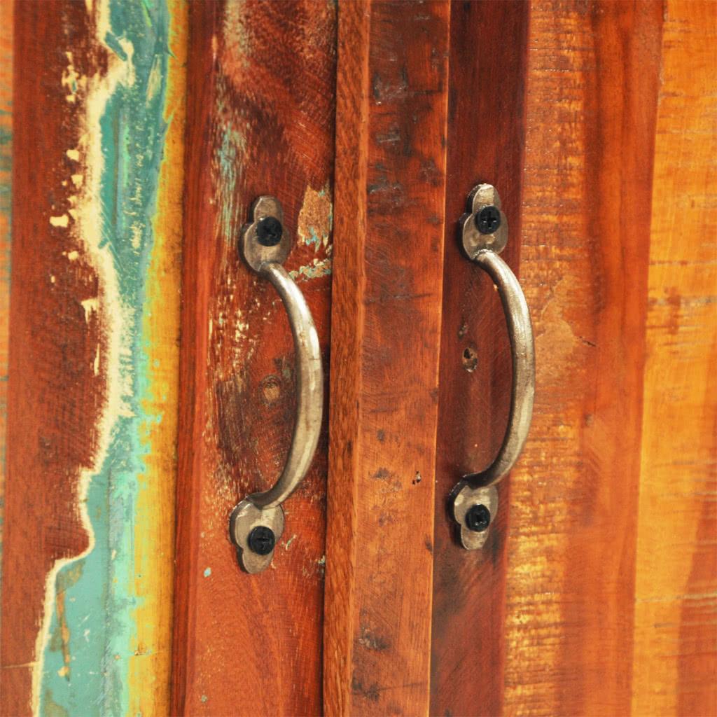 Recuperada del gabinete de madera con dos puertas de for Puertas de madera estilo antiguo