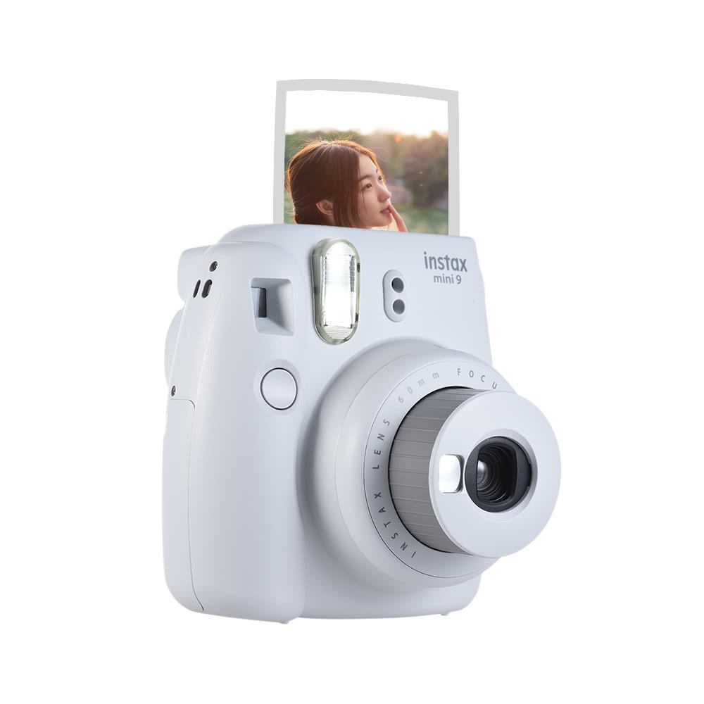 dbfb4b520e Fujifilm Instax Mini 9 Cámara instantánea Cámara con espejo Selfie 2pcs  batería, azul hielo blanco - Tomtop.com
