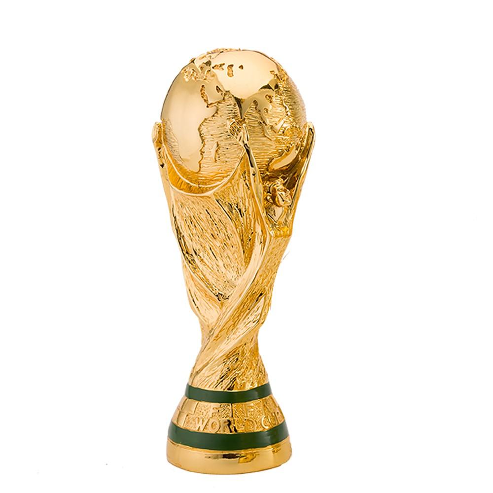 картинки кубка по футболу из подручных материалов дерева