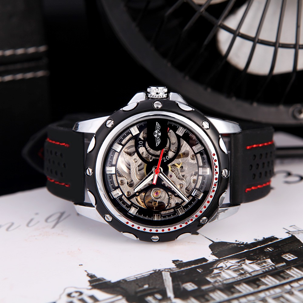 Winner Fashionable Men's Skeleton Auto Automatic Mechanical Watch with Classical Dial Design Silicone Wrist Band Black