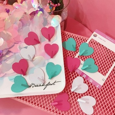 Korea ins cute pink love hook simple creative