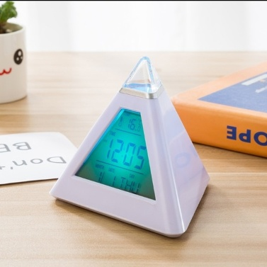 LED-Pyramide-bunte Hintergrundbeleuchtung-Digitaluhr