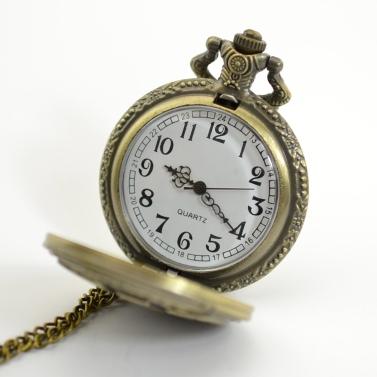 Vintage Bronze eingraviert Männer Pocket Watch antiken Herren Quarzuhr mit Anhänger Kette Weihnachten Vaters Day Geschenk
