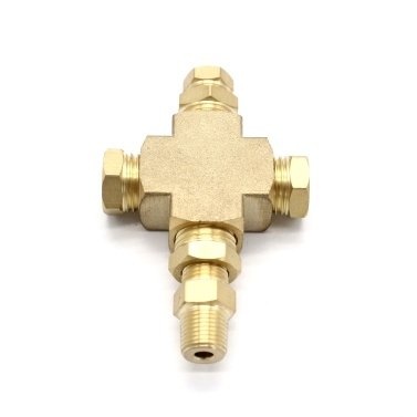 Adapter Distributor Oil Pressure and Oil Temperature Sensor 1/8