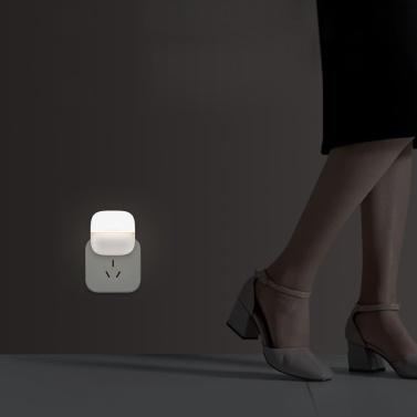 Xiaomi Yeelight Night Light LED Wall Plug-in Lampada a infrarossi controllata con sensore di movimento a induzione