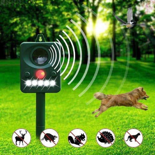 Solar Powered Ultrasonic Pest Animals Repeller Outdoor