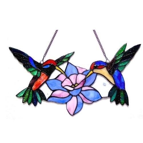 Flor de beija-flor com vitral pendurado na janela de arte
