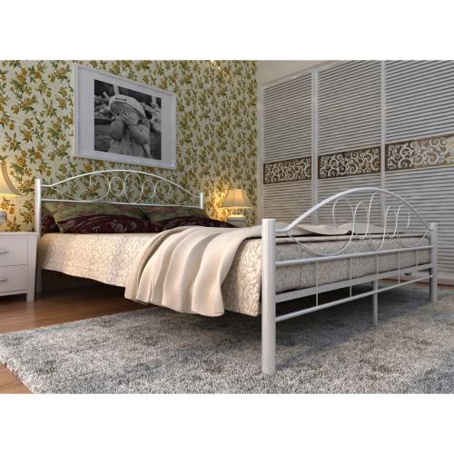 cama metal blanco con colchón de 140 x 200 cm