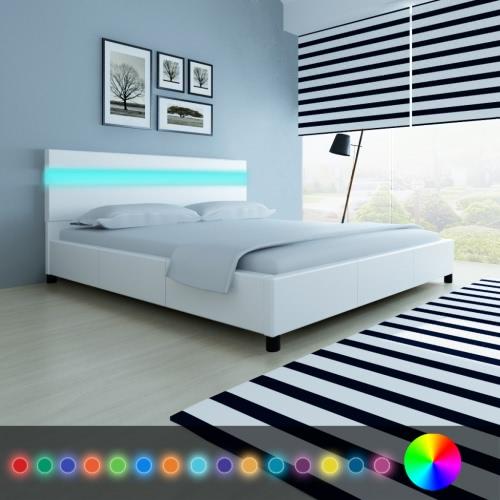 Cama con cabecera en LED 200 x 180 cm de la tapicería de cuero ecológico blanco