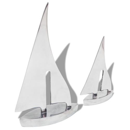 Двухсекционная серебряная лодка для парусного спорта