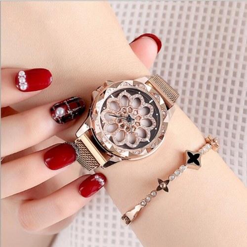 Orologio da polso femminile Orologio da polso analogico in lega di quarzo con cinturino a maglie magnetiche con quadrante diamantato intagliato per donna