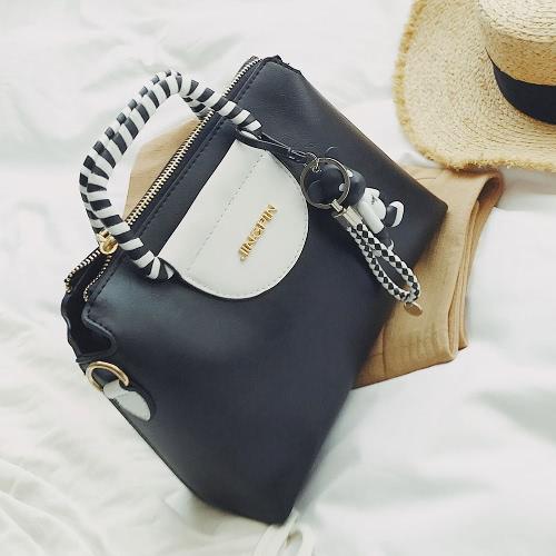 f83dcd86b5 Sacola vintage Bolsa de couro feminina Saco de mensageiro de ombro de festa de  senhora Saco