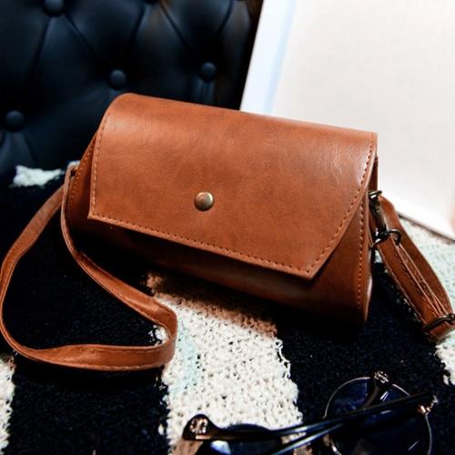 Мода женщин сумка PU кожаный лоскут стойки магнитные пресс стад закрытие Crossbody мешок фото