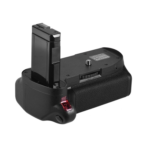 Andoer Vertical Battery Grip Holder for Nikon D5100 D5200 DSLR Camera EN-EL 14 Battery Powered with IR Remote Control