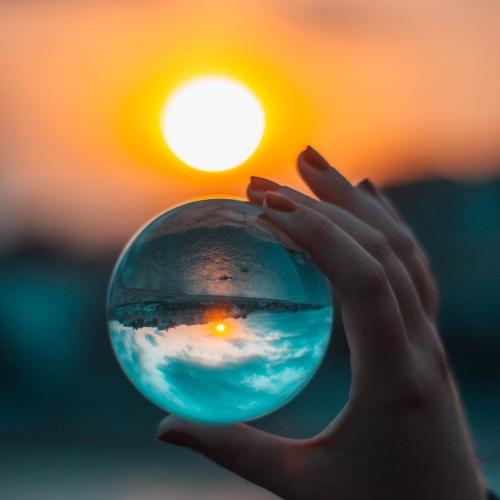 Przezroczysta kryształowa kula Dekoracja gospodarstwa domowego Szkło ze szkła fotograficznego Inny kąt świata 100 mm