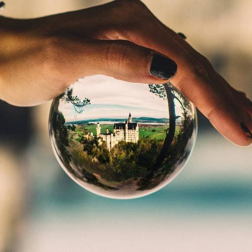 Przezroczysta kryształowa kulka Dekoracja gospodarstwa domowego Szkło ze szkła fotograficznego Inny kąt świata 120 mm