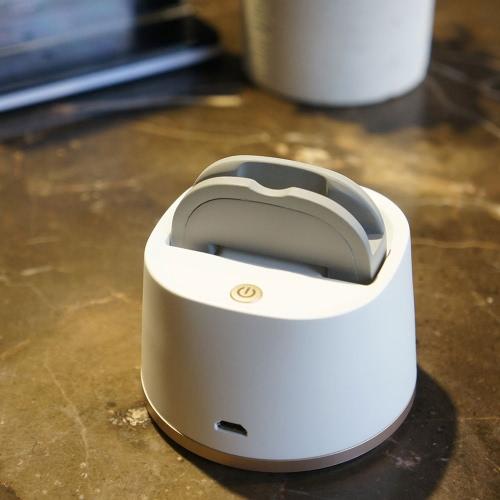 Bezprzewodowy zestaw głośnomówiący BT Selfie Rotatable Robot Machine Tool z 360 ° / 180 ° Panoramiczne fotografowanie Inteligentne automatyczne śledzenie twarzy Funkcja fotografowania wykrywania dla iPhone 6 Plus / 6S / 6 Samsung Smartphone Sony Christmas Gift