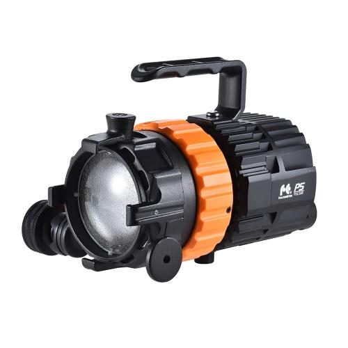 FalconEyes Pulsar5 50W 5600K Mini LED Reflektor świetlny Focusable Dimmable Fanless z 4-Leaf Barn Door / Separated Control / Bag