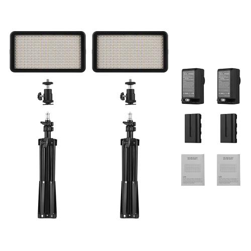 Комплект светодиодных видеоэкранов Andoer включает в себя 2шт W228 3200K / 6000K Bi-Color Dimmable LED Video Light + 2 шт. Макс. 72 см Light Stand + 2шт 7.4V 2200mAh Совместимый аккумулятор и зарядное устройство для камер ILDC DSLR