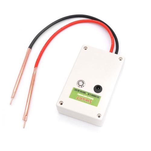 Strumento per saldatura a punti fai-da-te per uso domestico Saldatrice a batteria al litio di dimensioni mini per batteria 18650/21700