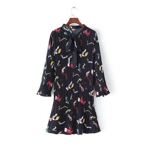 Mulheres de nova primavera pregas vestido sapatos de salto alto V estampa pescoço gravata Bow Bell longa manga doce fino vestido preto