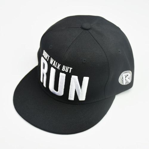 Neue Art und Weise Frauen Männer Lässige Kleidung Mütze Baseballmütze Brief Stickerei Snapback Hip-Pop-Hut Trucker Cap