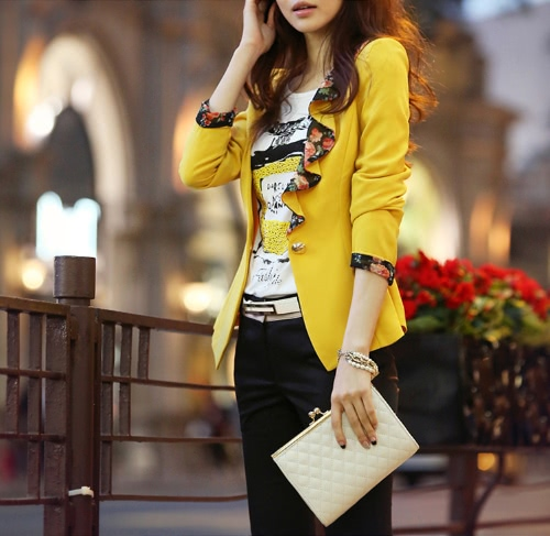 Mode Frauen passen eine dünne Schicht gelbes Knopf Blazer Floral gekräuselten Kragen