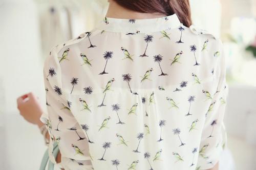 Neue Vintage Frauen-Chiffon Shirt Druck Stand-Kragen Langarm-Bluse mit Camisole weiß