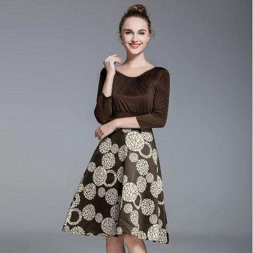 Neue Frauen Plus Size Detailing-Kleid mit Rüschen besetzt bei Front Geometric Print Großer Hooked Hem Kaffee
