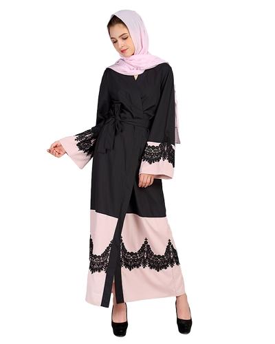 Vestito islamico dalle lunghe maglie larghe all'abito con maniche lunghe aperte davanti e maniche lunghe in pizzo all'uncinetto
