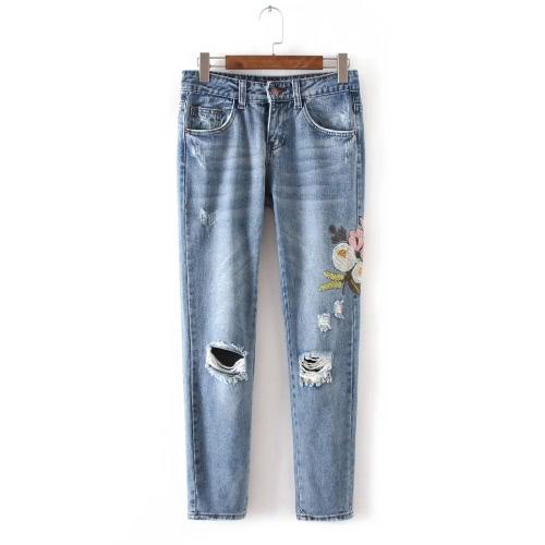 Frauen Blume gestickte Jeans-Denim-Hosen ausgefranste gewaschene beiläufige dünne Strumpfhose-Hose Blau