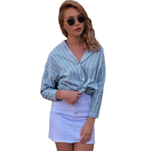 Moda mujer rayas cuello en V camisa de manga larga blusa botón delantero asimétrico Hem blusa suelta superior azul claro